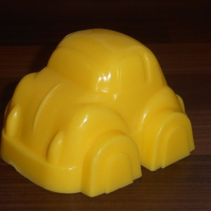Yellow car! Yellow car! Yellow car!