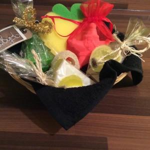 Fabydo Christmas Gift Basket